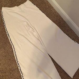 Zara knit pants with black detail